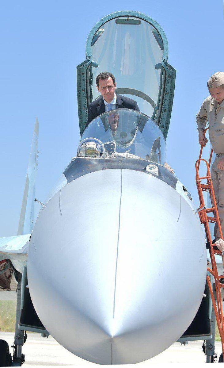 Асад на авиабазе Хмеймим