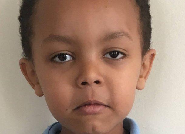 LONDRES: Menino de 5 anos é identificado como vítima mais jovem de incêndio em prédio https://t.co/xfdqxxwKsM
