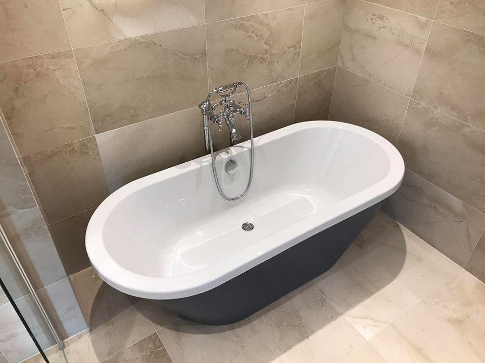 Just Bathrooms Ltd On Twitter We Transformed This Dated Bathroom - Bathrooms waterloo