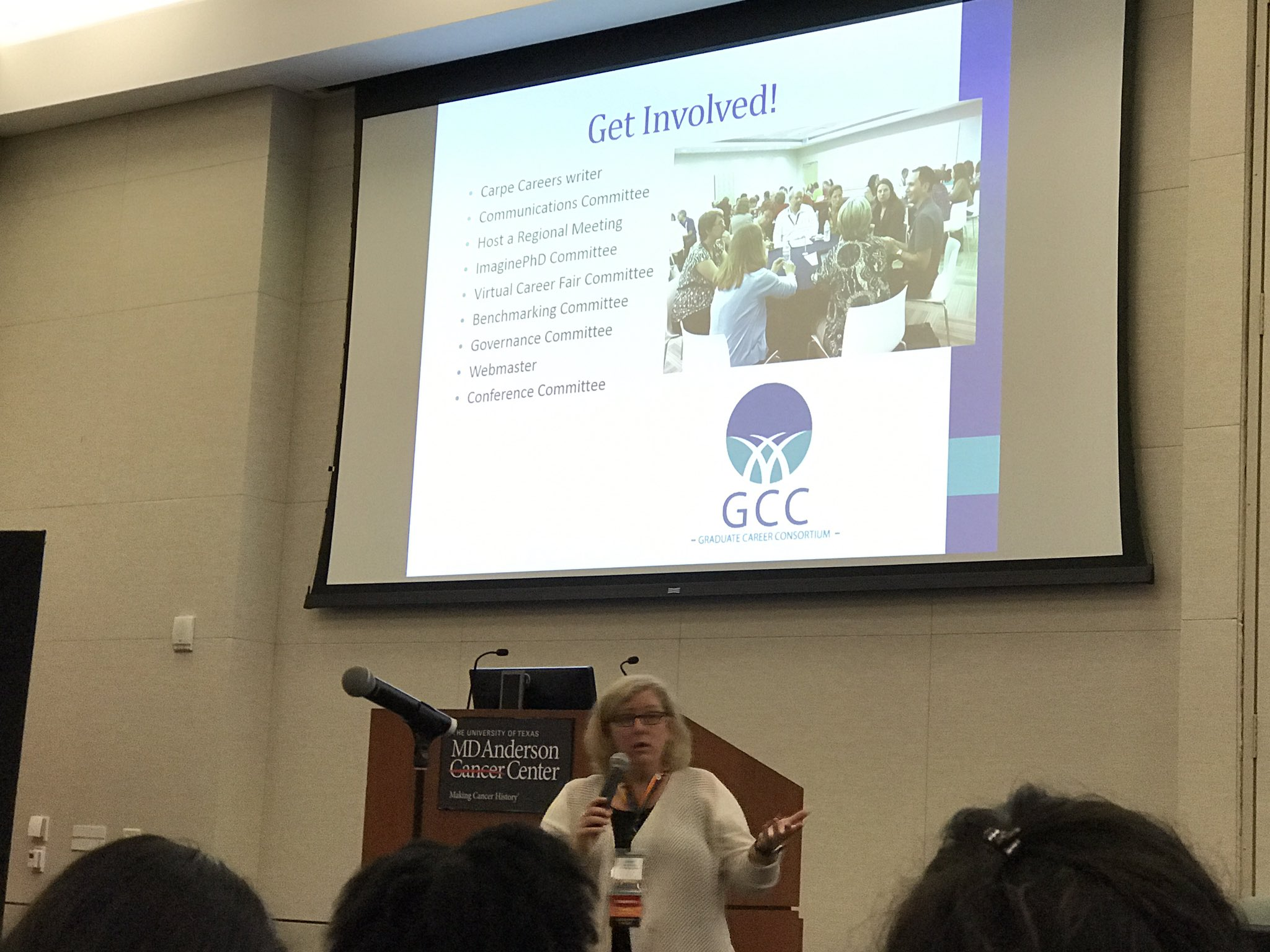 Opening remarks from @Grad_Careers leadership at #2017GCC #GRADprofdev https://t.co/L2uGVwXck5