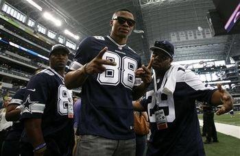 MVPs love the #Cowboys. <br>http://pic.twitter.com/uMKEINKrHS