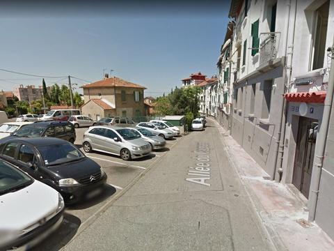 Marseille: Il fonce sur deux piétons qui voulaient mettre fin à une bagarre https://t.co/97qbsVNksf