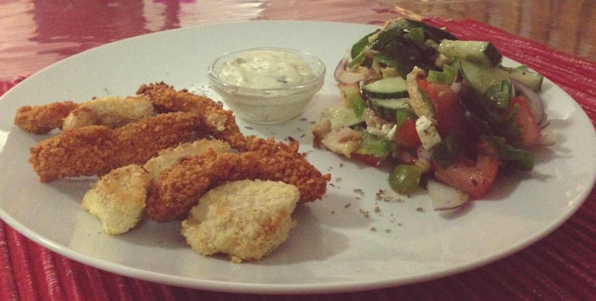 I love making my favorite coconut chicken strips, served with salad #ChooseDay #foodie #fwlapowercouple<br>http://pic.twitter.com/ee1v90HoFf