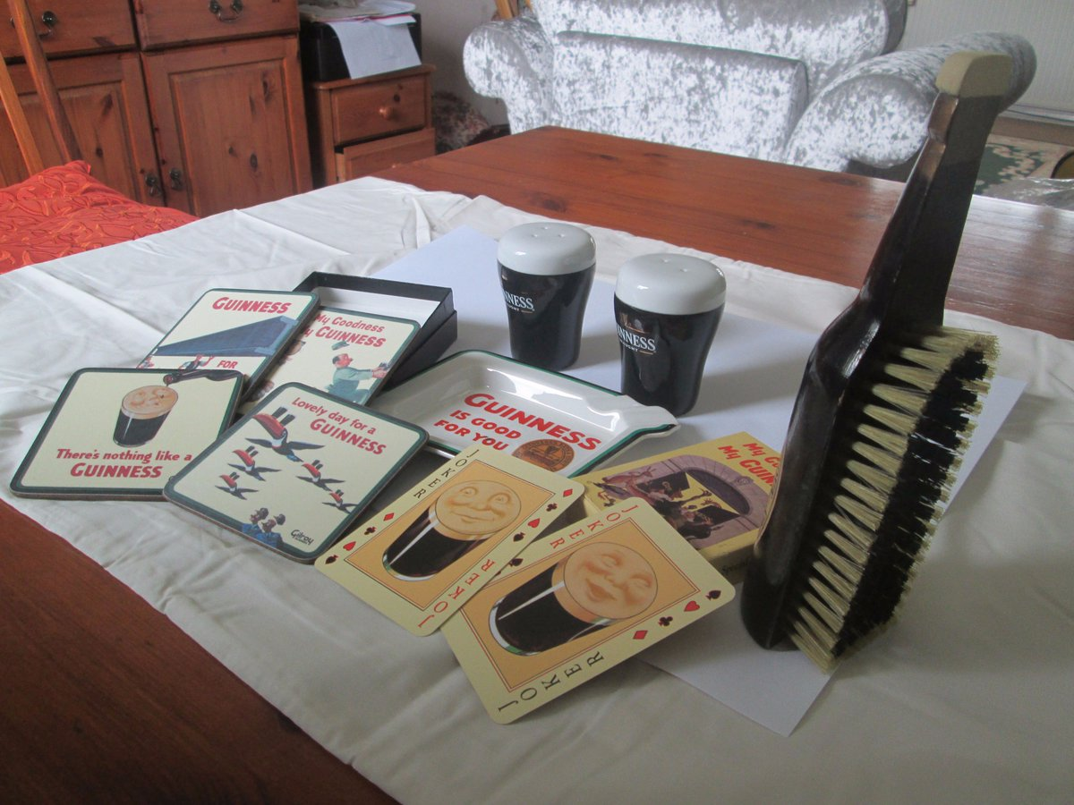 Guinness Merchandise - that brush alone is worth £40  http://www. ebay.co.uk/itm/Guinness-M erchandise-brush-cellars-playing-cards-place-mats-ashtray-/263059763991?hash=item3d3f957317:g:L0wAAOSwPWRZUpDN &nbsp; …  #Guinness #Collectibles #Ebay<br>http://pic.twitter.com/XqnsQBR10C