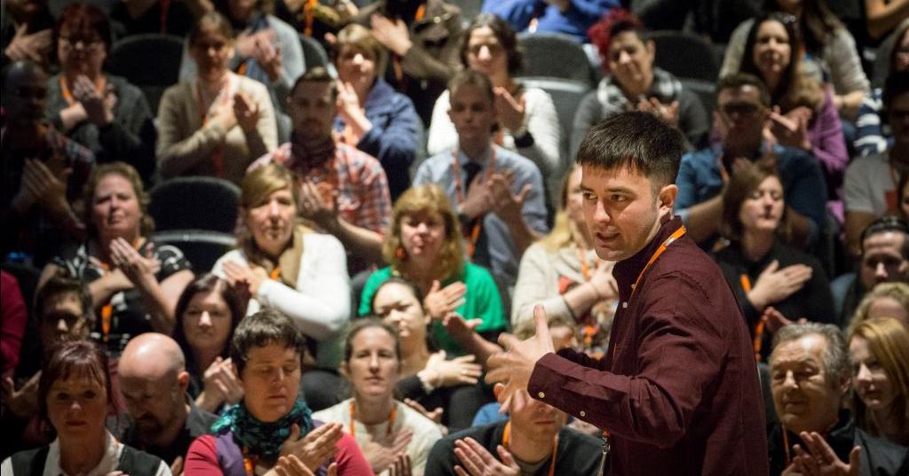 Join us on 7 July for #musiced #CPD, networking and the chance to attend @musicforyouth festival events   http:// hubs.ly/H07TSd00  &nbsp;  <br>http://pic.twitter.com/pPJhnRMFLJ