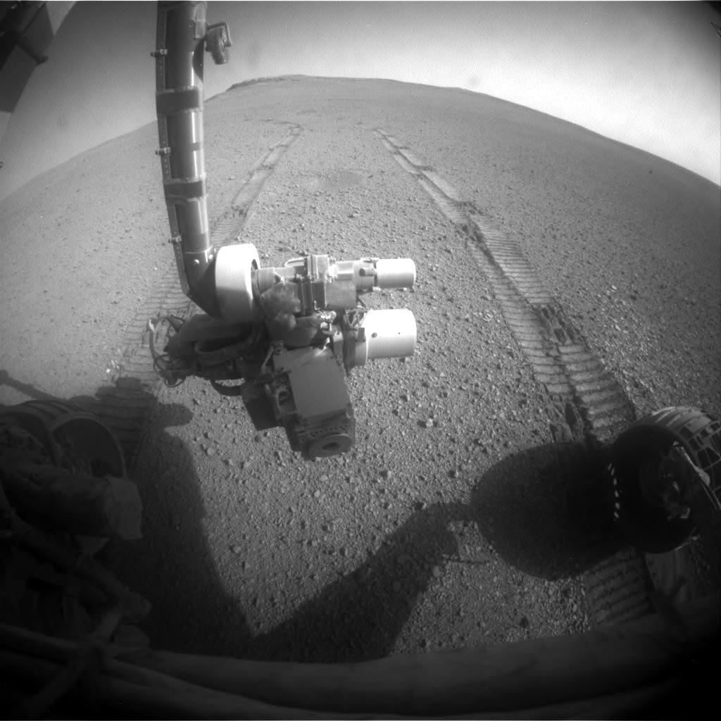 #Opportunity looking at her own tracks, #Today on #Mars (Sol 4772)  http:// bit.ly/2tTeaqN  &nbsp;  <br>http://pic.twitter.com/YbSm06oSQC