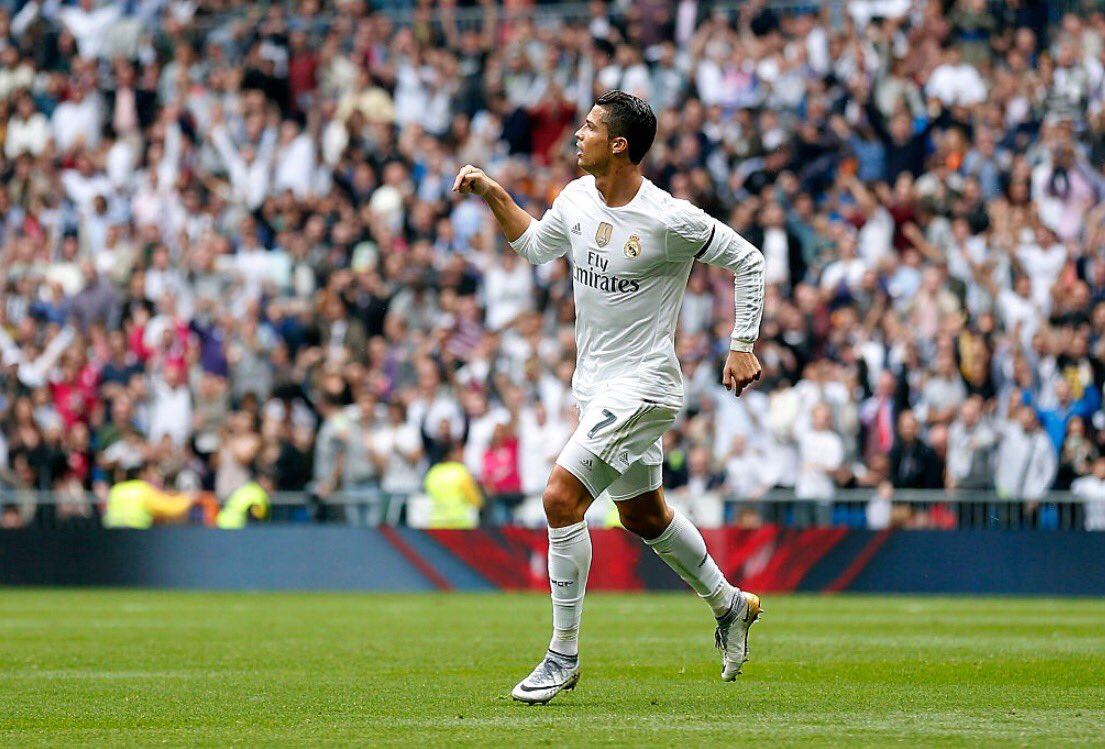 Cristiano Ronaldo overtook Raul&#39;s Real Madrid All-Time Top Scoring Real Madrid record of 323 in October 2015. #HalaMadrid <br>http://pic.twitter.com/5Wydk1oqwz