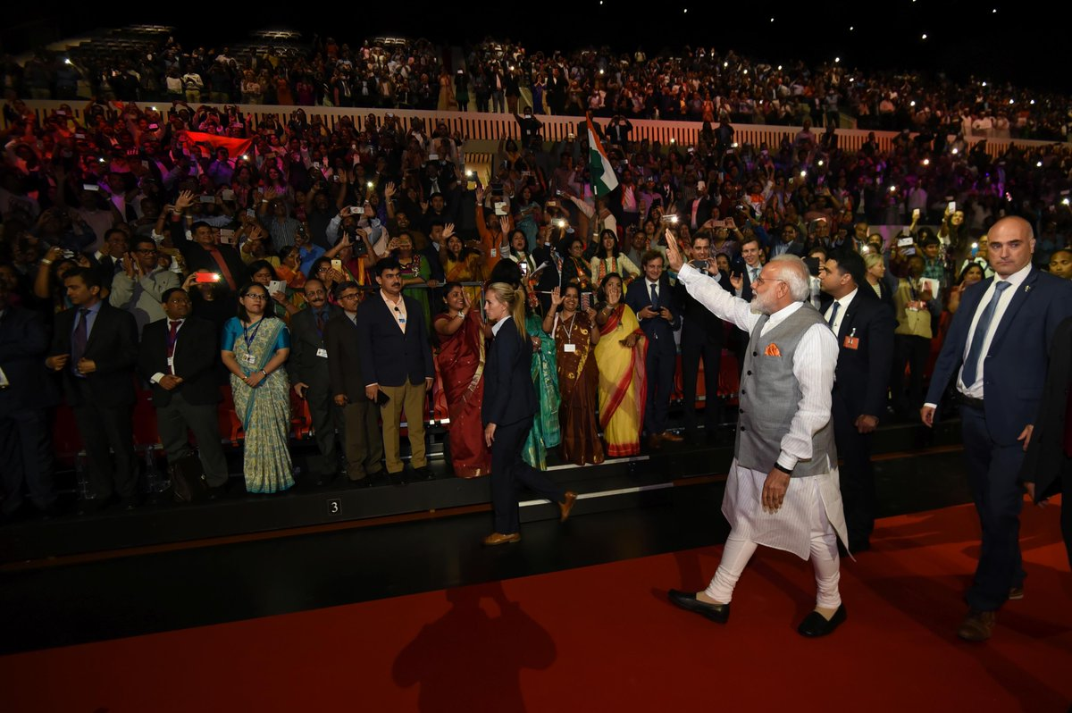 PM @narendramodi concludes his 3 nation tour, departs for Delhi from #Amsterdam. <br>http://pic.twitter.com/Br6MMQC9cB