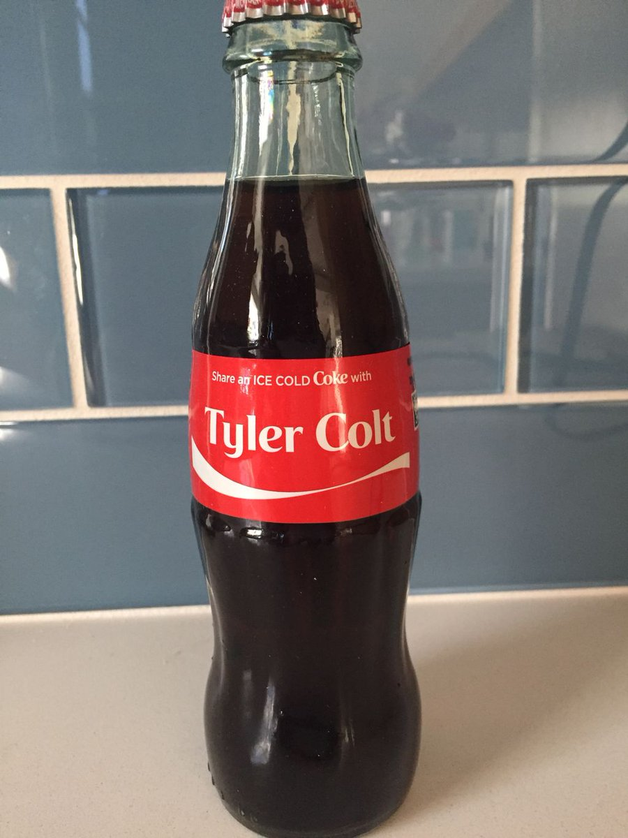 How cool&#39;s this! Thanks to fan Veronica V from Spain 4 sending me this awesome gift! You Rock! #jointhecolt #shareacoke  #cheers #awesome <br>http://pic.twitter.com/OlwzIsddkH