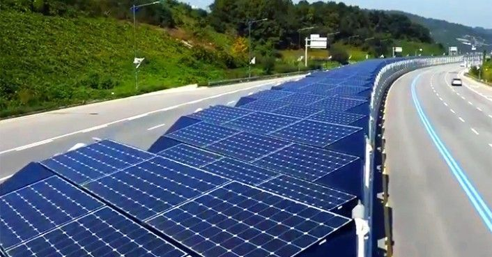 Wow. This bike lane in Korea is covered with 20 miles of #solar panels:  http:// buff.ly/2tdRCnQ  &nbsp;    #ActOnClimate #cdnpoli #renewables #go100re<br>http://pic.twitter.com/8n62xnwmYa