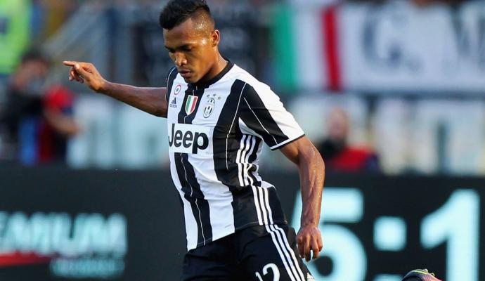 #Juve, #Bernardeschi and #Matuidi are strong possibilities. #AlexSandro&#39;s #Chelsea move isn&#39;t &quot;imminent&quot;...   http:// bit.ly/2thePEM  &nbsp;  <br>http://pic.twitter.com/YtCW8KM5IG