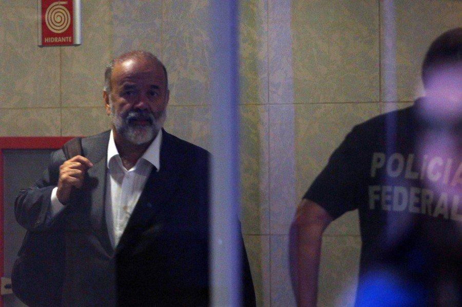 URGENTE: Tribunal derruba sentença de Moro e livra Vaccari de 15 anos de prisão https://t.co/1hFhHQB1ix