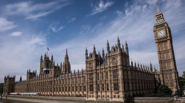 Everything you need to know about the cyber attack on Westminster amid blackmail fears  http:// hubs.ly/H07W8_H0  &nbsp;   #hackers #cyberattack<br>http://pic.twitter.com/CEKwgsf5To