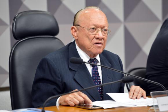 Presidente do Conselho de Ética do Senado é internado em Brasília. https://t.co/Hsdb2Pn7yg (📷 Fabio Rodrigues Pozzebom/Agência Brasil)