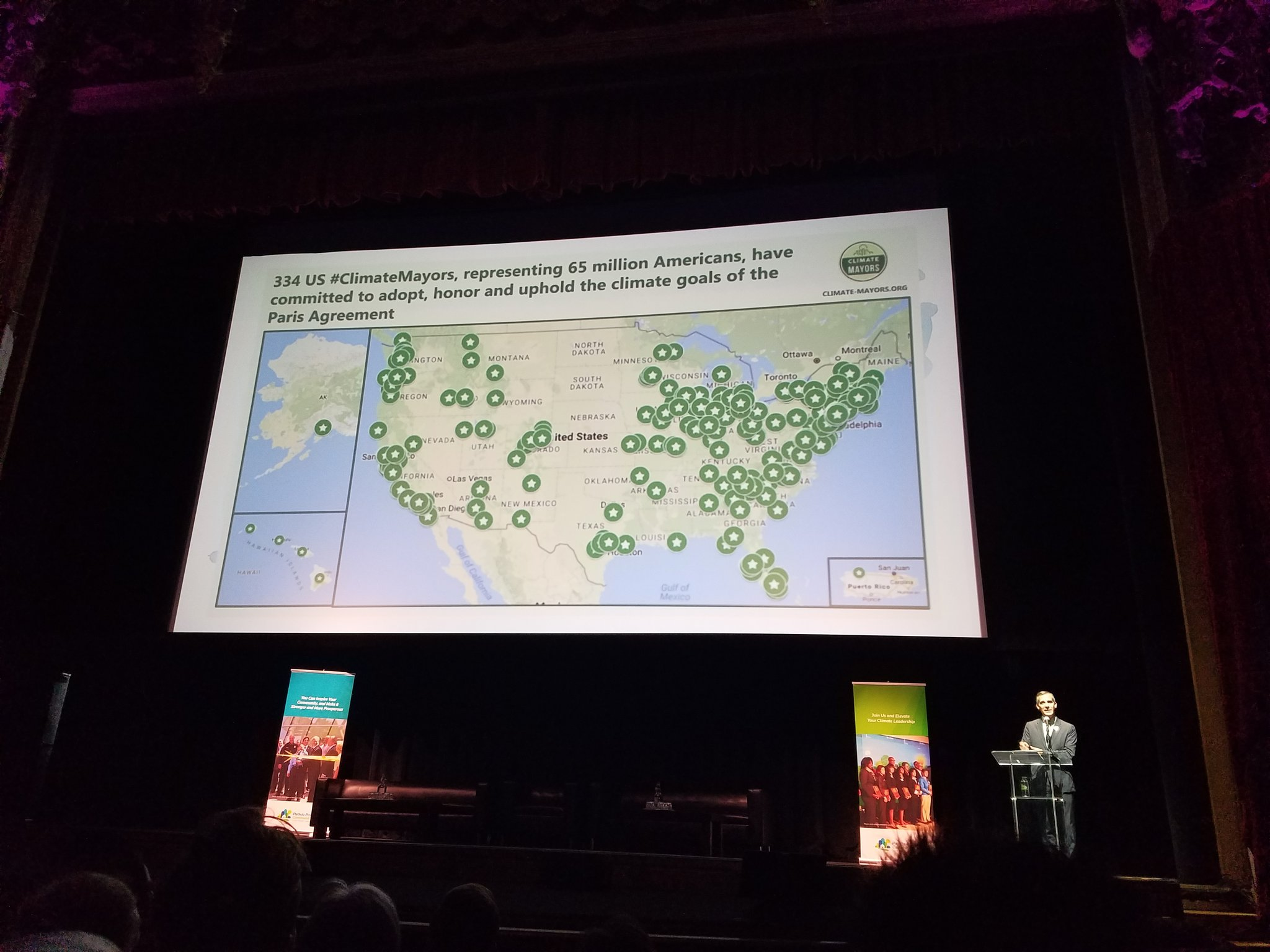Over 300 cities know that #ClimateChangeIsReal  #climatedayla #laclimateaction https://t.co/AdGxE31KwG