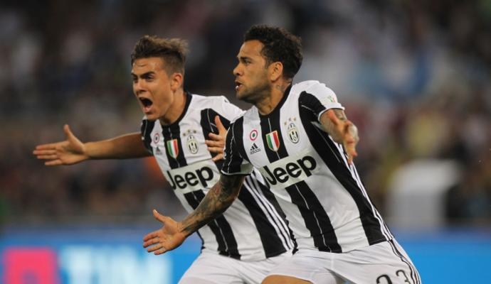 #DaniAlves&#39; farewell: &#39;I gave it my all here at #Juventus. I don&#39;t play football for the money...&#39;   http:// bit.ly/2tUcXzr  &nbsp;  <br>http://pic.twitter.com/ZCQjkvuqCD