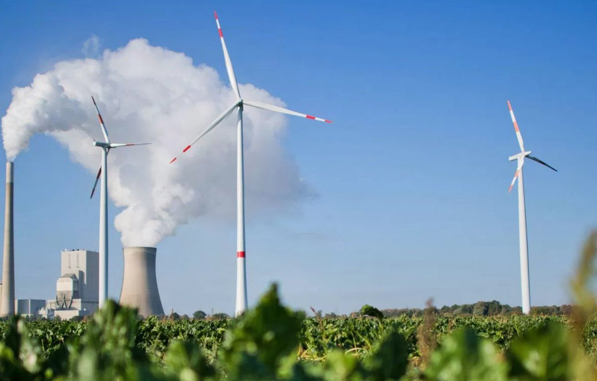 Amazing! This Chinese company is offering free training for US #coal miners to become wind farmers  http:// act.gp/2sjcO6B  &nbsp;   #renewables<br>http://pic.twitter.com/GjEvsjwCaJ