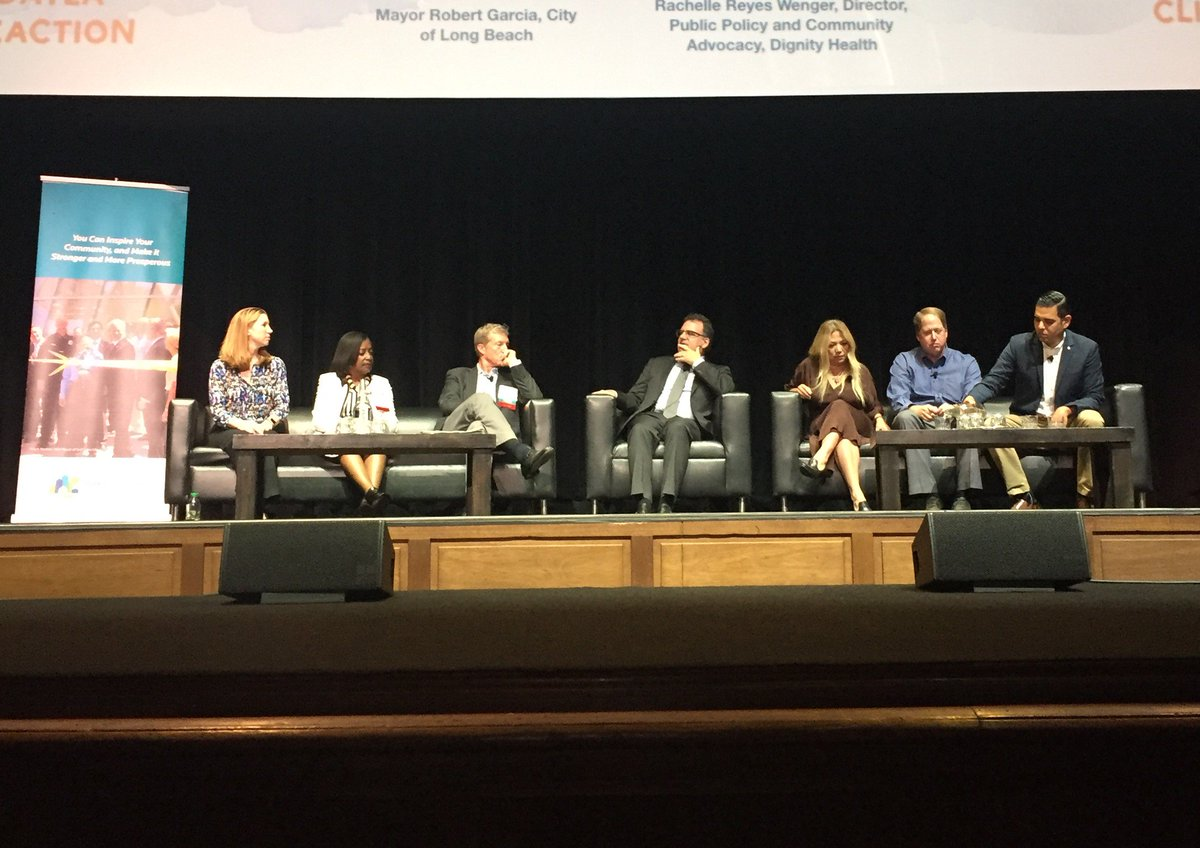 Next up at #ClimateDayLA: Panel w/ #climate leaders representing health, higher ed, faith, local govt, biz, environment <br>http://pic.twitter.com/JRozqFaQCv