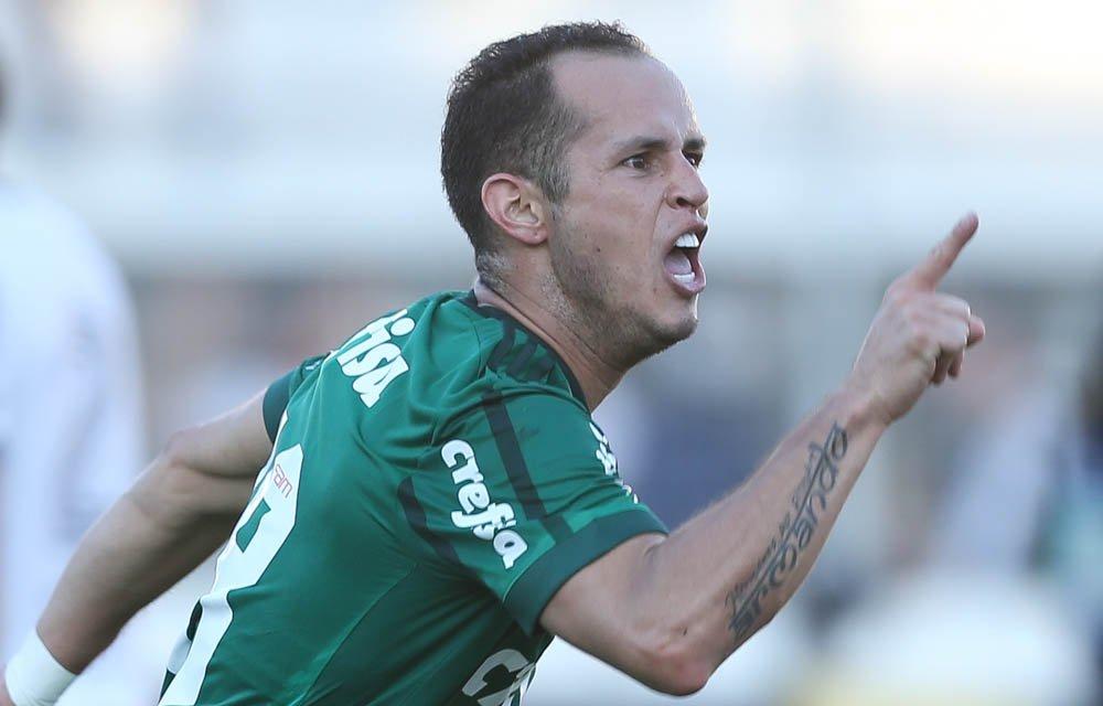 Guerra revela conselho para Borja no @Palmeiras: 'Veja vídeos seus, não do Ronaldo' https://t.co/OhOjUuqYYy