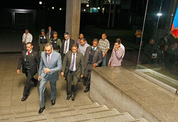 """Presidente del #TSJ, magistrado Maikel Moreno, condenó """"ataque terrori..."""