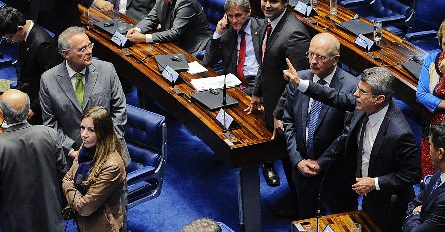 Renan e Jucá trocam ameaças no Senado https://t.co/k0E9BSjIci -via @EstadaoPolitica