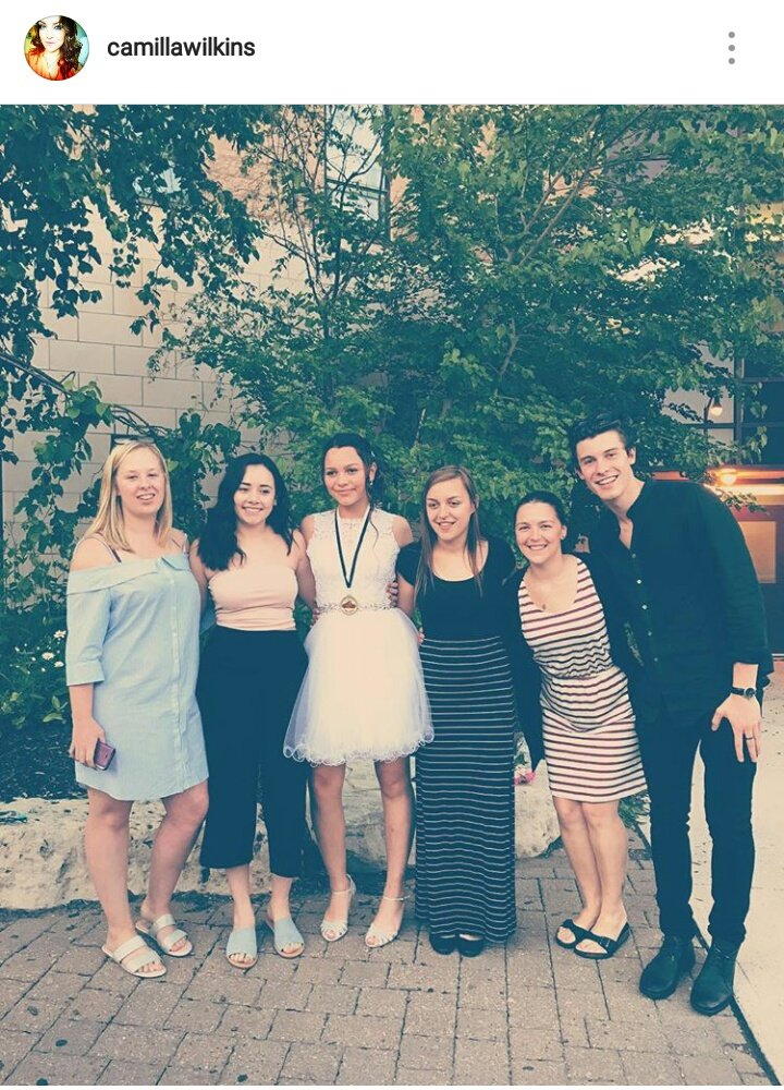 "Shawn Mendes Updates on Twitter: ""Shawn with his family ..."