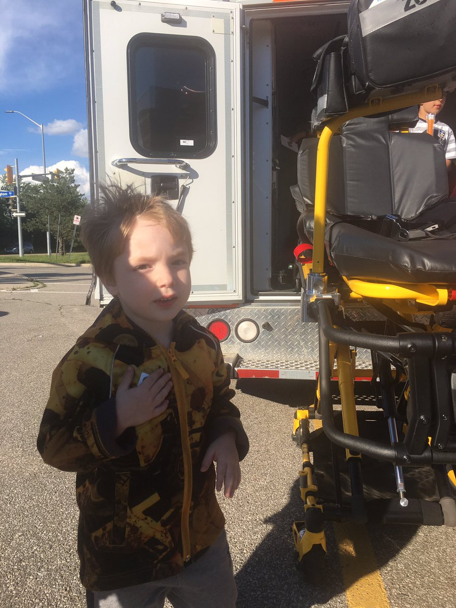 Thank you @Peel_Paramedics for the school visit tonight. https://t.co/...