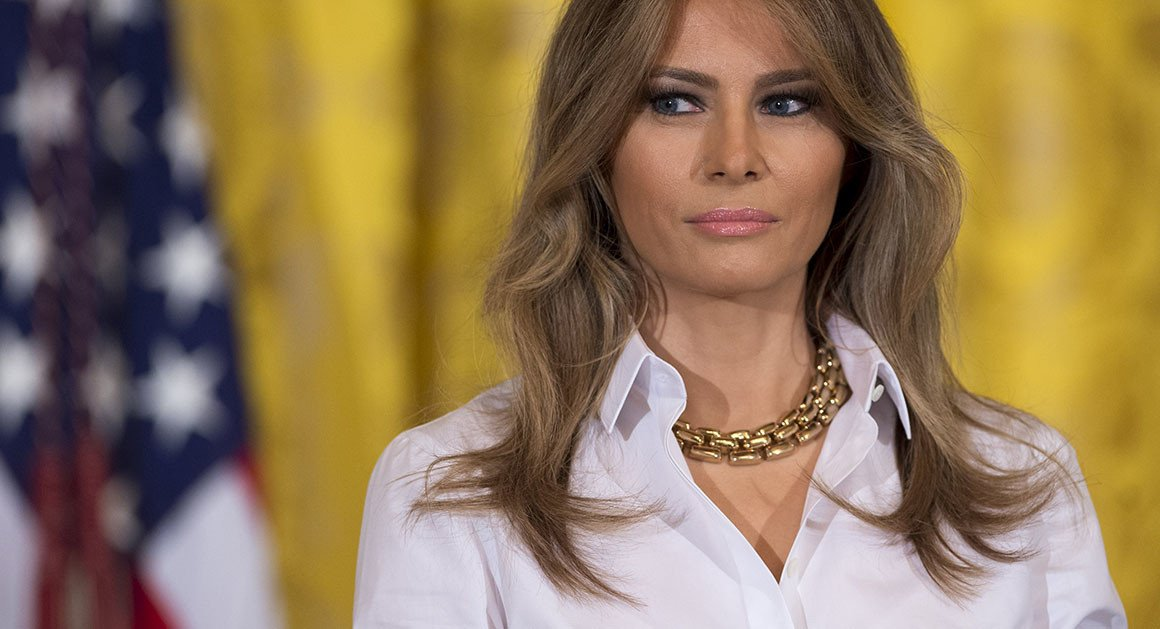 Is Melania Trump Getting Federally-Funded Side Peen? | Awesomely Luvvie http://crwd.fr/2tdUZtM