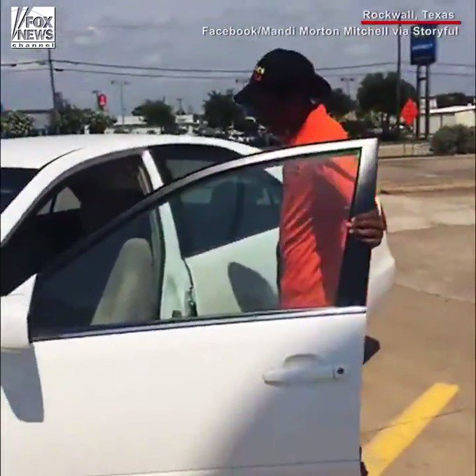 Strangers buy new car for Texas man walking to work every day https://t.co/OWBgWsB7Jd