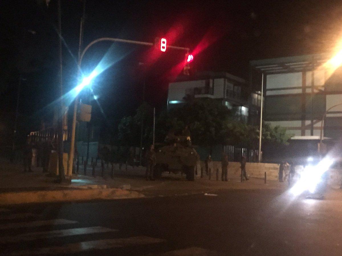 Dictadura de Nicolas Maduro - Página 6 DDXj7D4WsAAKJ3L