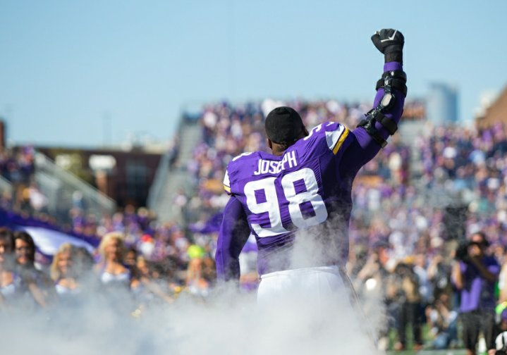 Linval Joseph is the most underrated player in the #NFL   RT if you agree!  #MonsterInTheMiddle #BigGoon #Unsung #SKOLVIKES<br>http://pic.twitter.com/RxgJ3WzNna