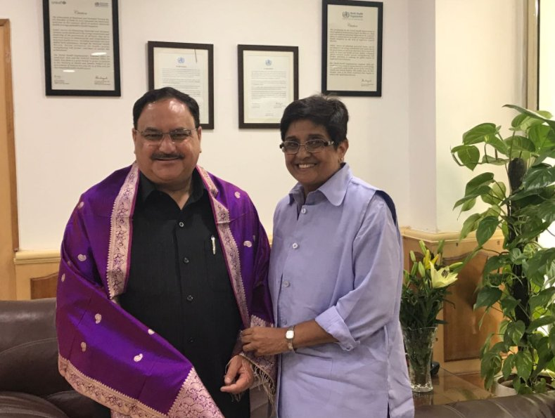 Puducherry Lt. Guv Dr. @thekiranbedi met Union Minister @JPNadda; apprised him of Madras HC interim order for appointment of Fee Committee.