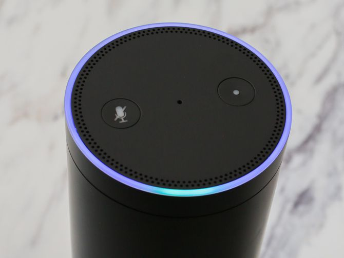 What all those lights on your Amazon Echo mean https://t.co/B8bY5aebli