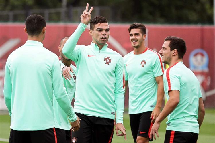 Portugalcom duas baixas de 'peso' no jogo contra o Chile https://t.co/sMJiJB7SQ5