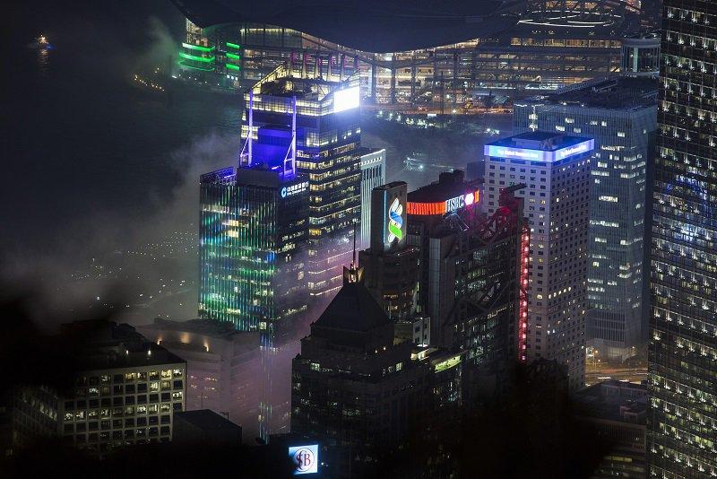 「謎のネットワーク」が原因か、香港小型株の予期せぬ90%急落https://t.co/QmfvVN1S8t