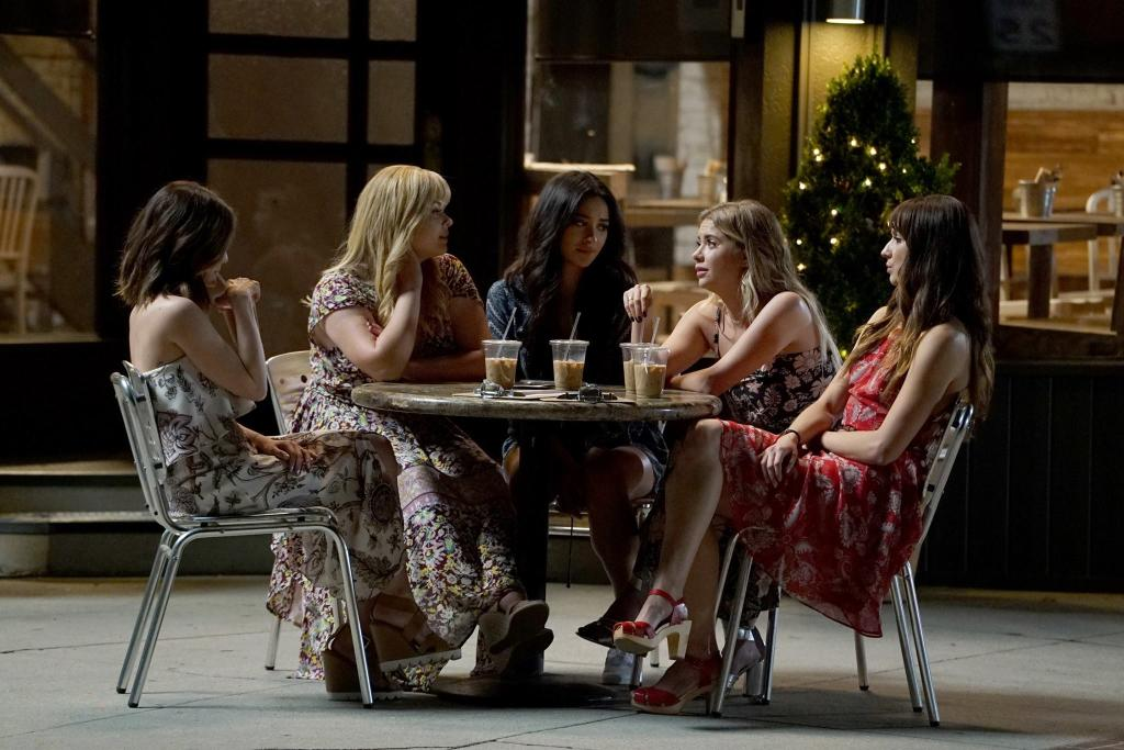 Say goodbye to the #PrettyLittleLiars, West Coast. #PLLGameOver is sta...