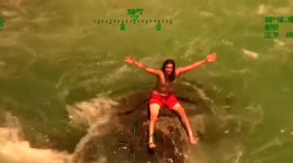 #Watch | Man stranded on rock in middle of raging California river rescued  https://t.co/g3zUm7FqKZ