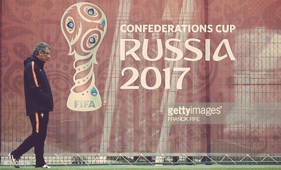 My confederations cup semifinal preview: #Chile vs. #Portugal. Some tactical notes mentioned. RTs appreciated  Read:  http://www. thestoppagetime.com/confed-cup-sem i-final-preview-chile-vs-portugal/ &nbsp; … <br>http://pic.twitter.com/K5cnRwwzc4