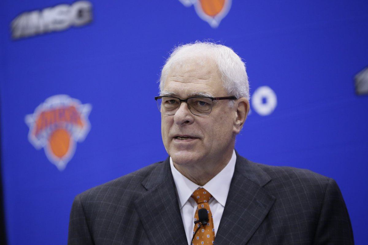 "Knicks owner James Dolan ""weighing the future"" of Phil Jackson as team..."