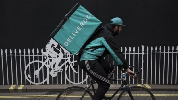 Ook Deliveroo gaat met zelfstandige bezorgers werken