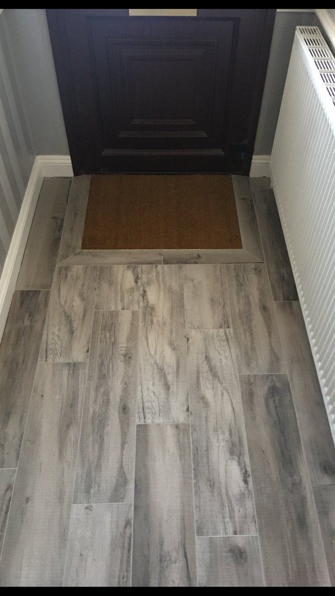 John Simons On Twitter Small Hallway Completed Using 800x200 Wood Plank Porcelain Tiles Made A Feature Of The Matt Well With Half Tile Border