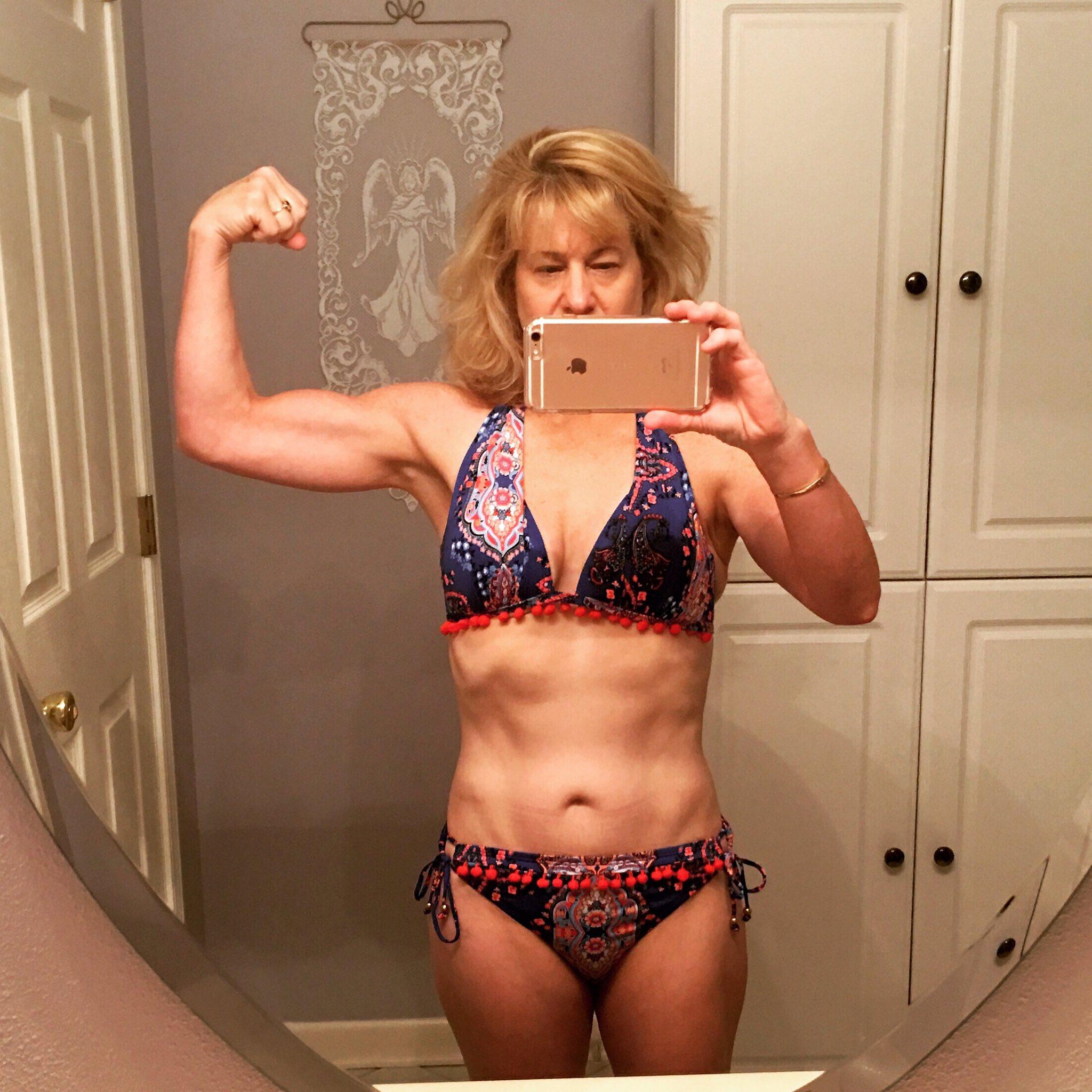Wright naked bonnie Bonnie Wright