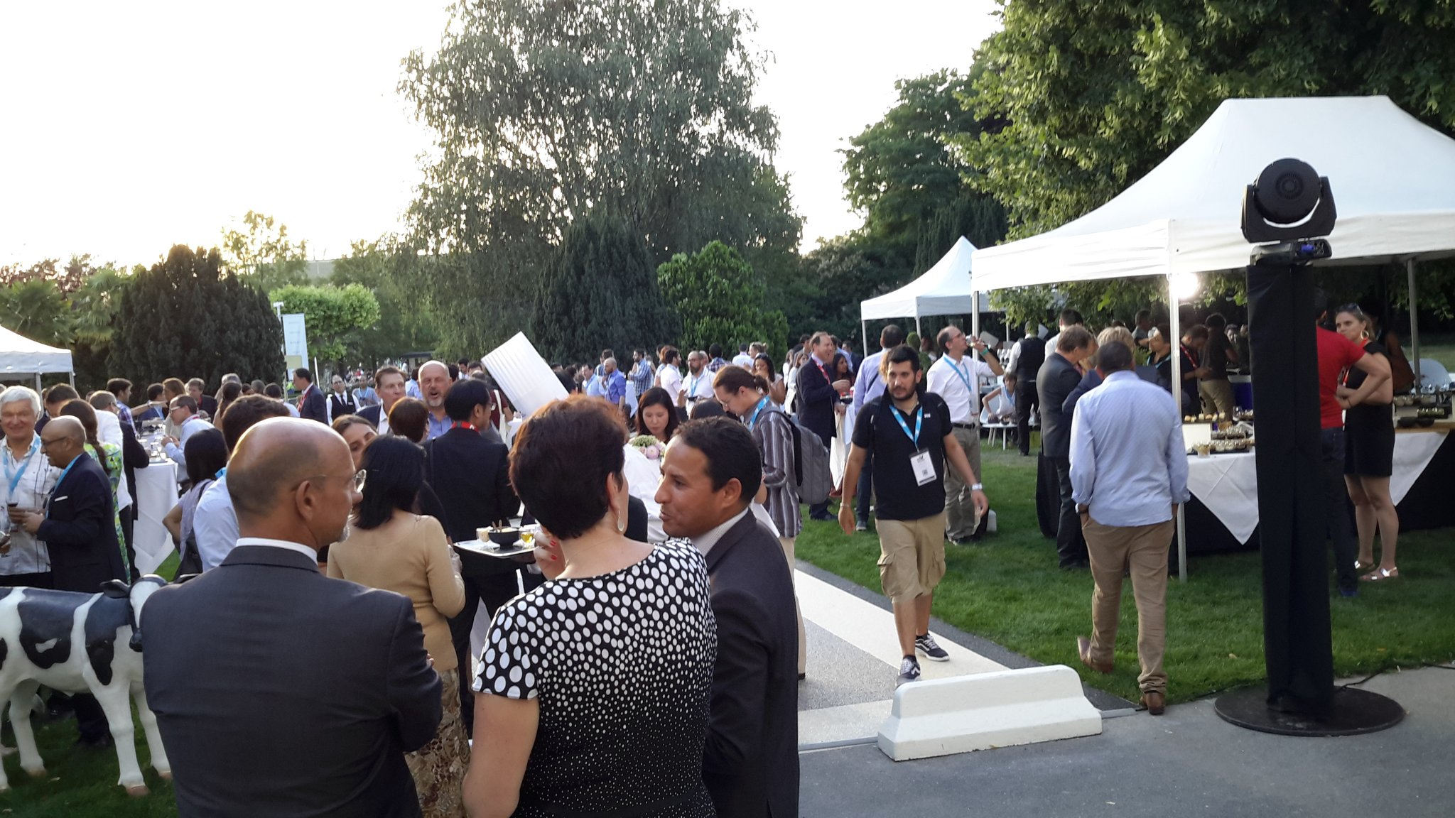 #Jazz, delicious food, and #networking at #EBNCongress welcome cocktail https://t.co/nzBY3NuGnj