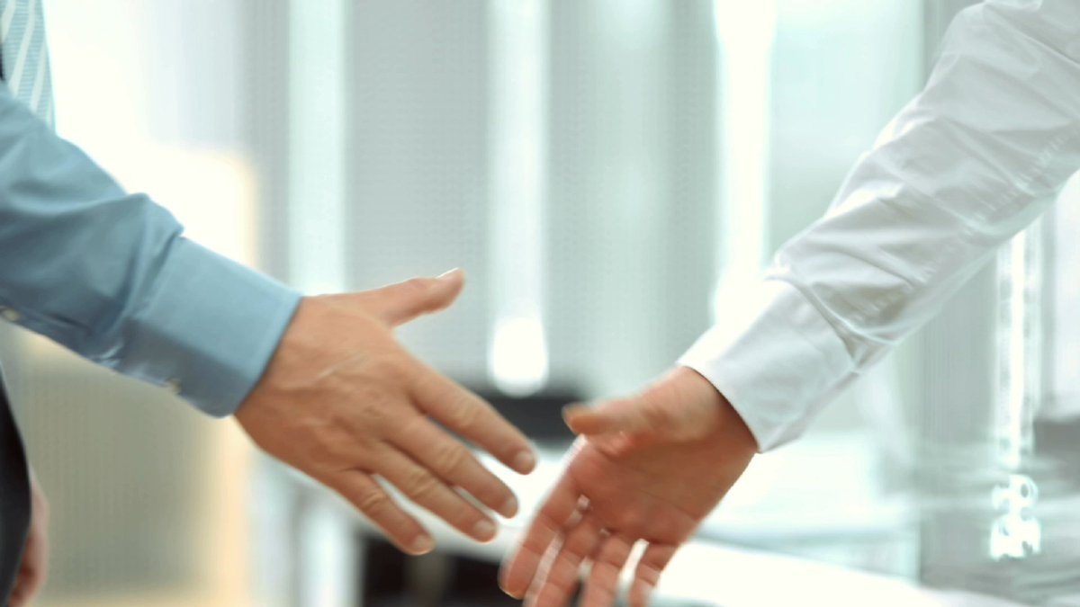 Are intimidating mortgages causing weaker handshakes? trib.al/8toAkRM