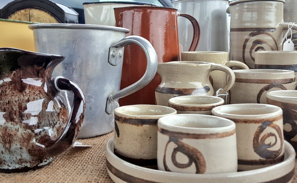 #Newstock arriving at The Cart Shed showroom this week #midcentury #studiopottery #welsh #abaty #eggcup #milkjug #measuringjug #galvanised<br>http://pic.twitter.com/5DFgDxsnmu