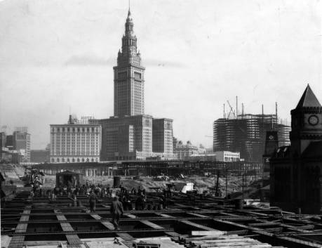 Happy Birthday, @TowerLightsCLE!  Standing tall and proud since 1930! https://t.co/Xl5HCAbz6E