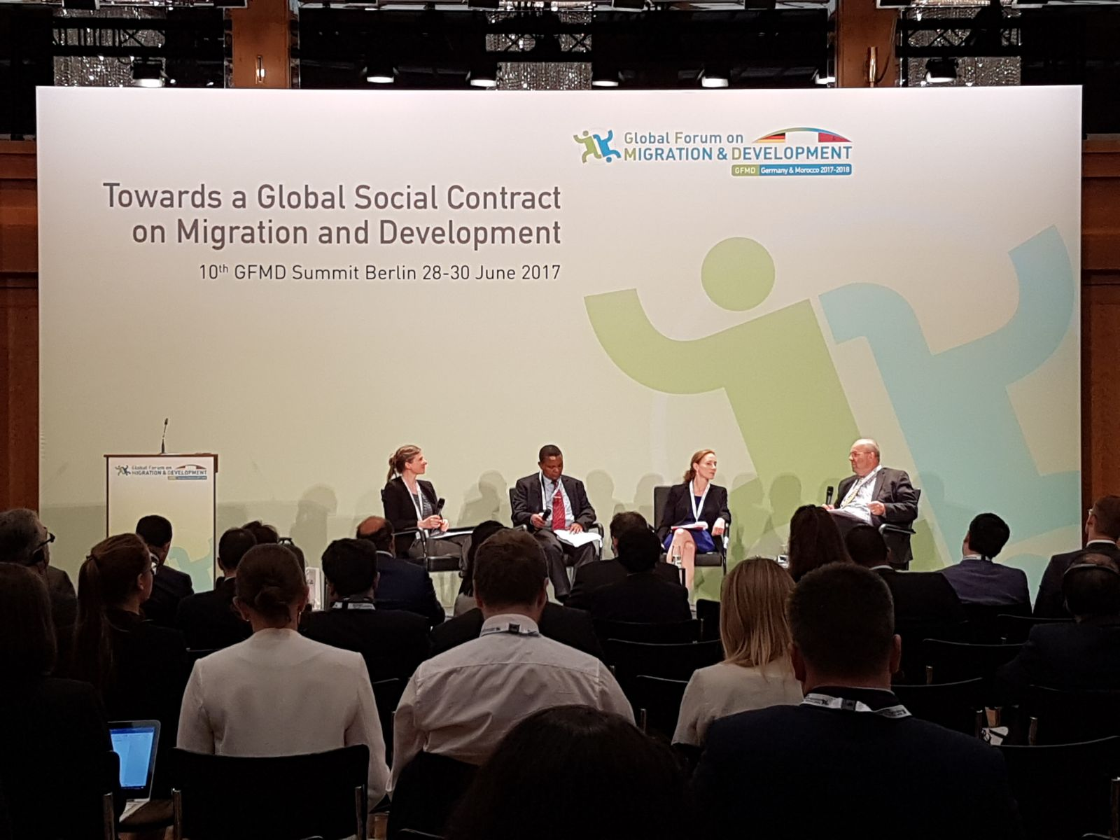 RT 2.1: #Displacement is not only a humanitarian, but also a #development challenge, especially for those countries left behind. #GFMD10 https://t.co/xqgpjSnquR