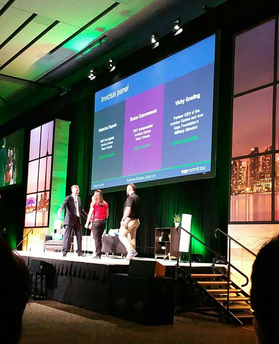 Got a big Birthday Welcome Cheer from the Welcome Staff at #SageSummit in Toronto! #WooHoo !! <br>http://pic.twitter.com/cSslKlRFGP