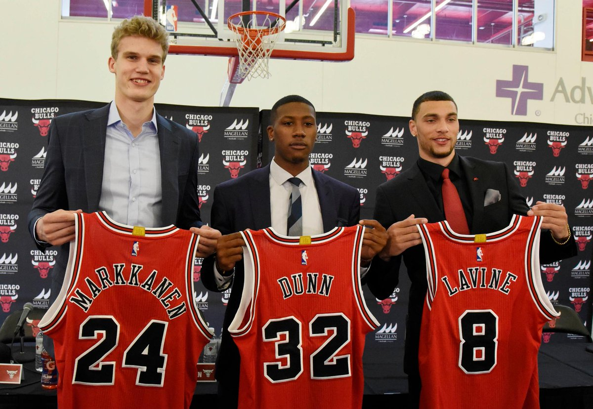 .@chicagobulls move in new direction following blockbuster trade   MOR...