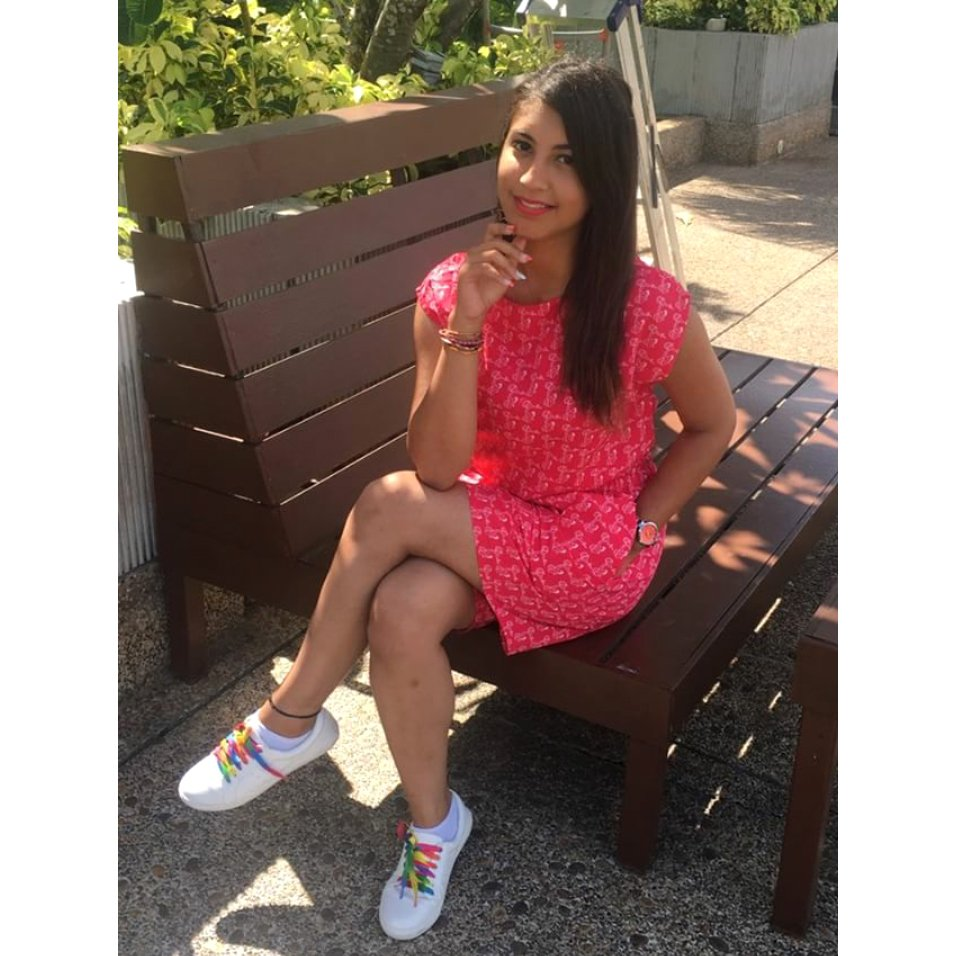 Our 20Dresses member looks #stylishlychic in our #bestselling Somewhere Over The Rainbow Lace #Sneakers!  Shop here:  http://www. 20dresses.com/Shoes/Sneakers -and-Loafers &nbsp; … <br>http://pic.twitter.com/saLXreRRYM